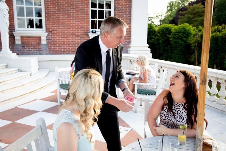 Staffordshire-Magician-Owen-Strickland-at-Swinfen-Hall-